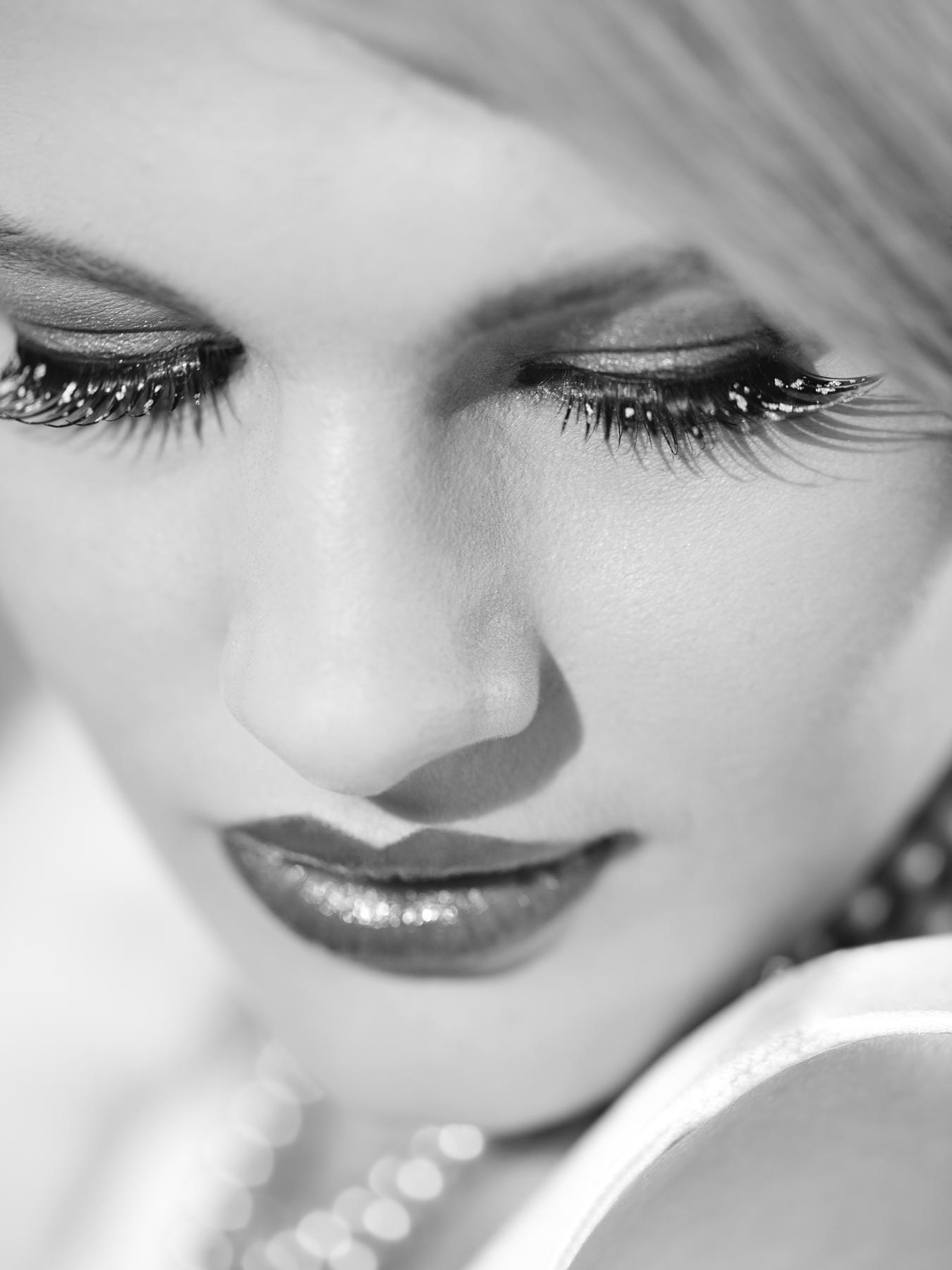 Chloe-Jasmine Whichello close up showing vintage styling. Monochrome