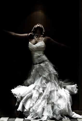 An absolutely mad shot of a mad dress. How wonderful is that.