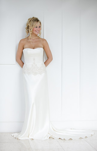 I used the area under the stairs to get a few clean uncomplicated shots of the dress too.