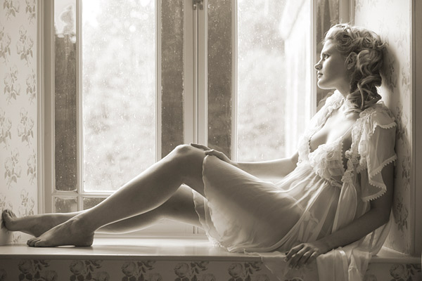 It was out of the boudoir and into one of the other 16 bedrooms at Maunsel. This shot is lit with just the window light.