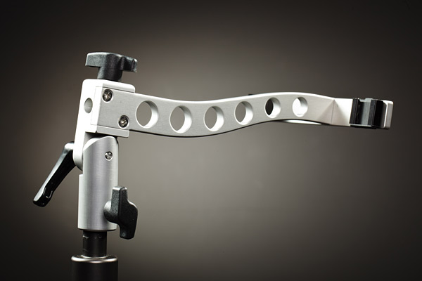 The Gemini has a universal 16mm socket for use with a wide range of lighting stands.