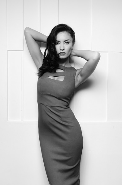 14. I brought the Gemini to just above the camera for this striking shot of Natasha. A classic monochrome subject like this looks fabulous in shades of grey.