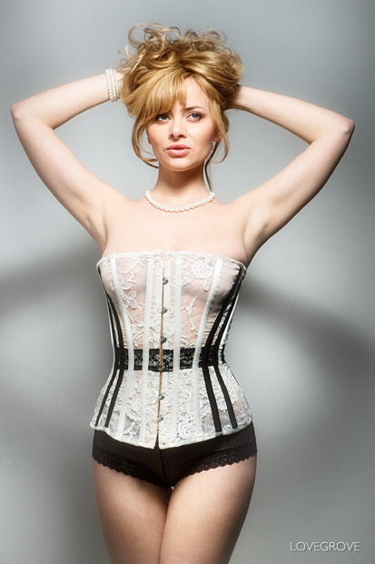 06. A corset by Lisa Keating made a guest appearance and Kate loved the corseted look.