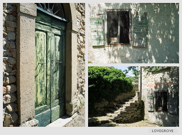 05. San Leo offers rustic and classic design backgrounds.
