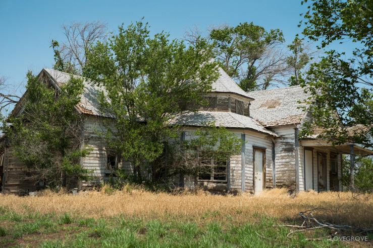09. This house on the 66 is worthy of restoration. The remote location is the only drawback.