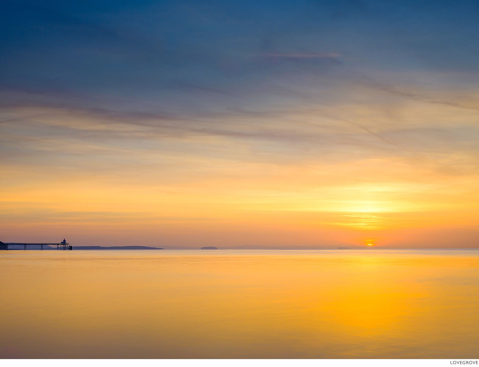 Sunset on the river Severn at Clevedon